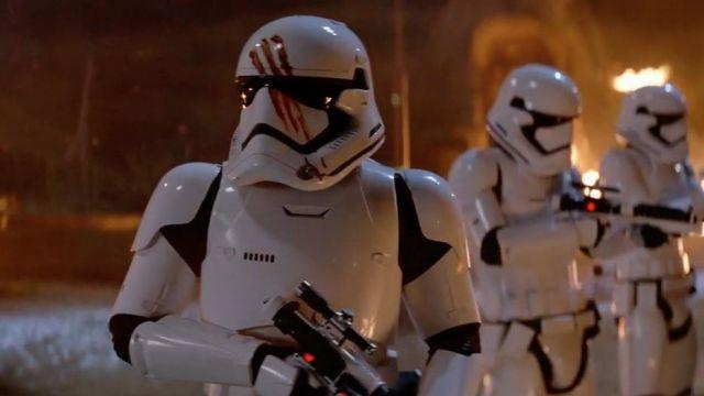 Quando ci si dimentica che Finn era uno Stormtrooper
