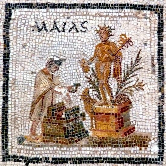 Feste romane del 1° Maggio: un mosaico raffigurante la dea Maia