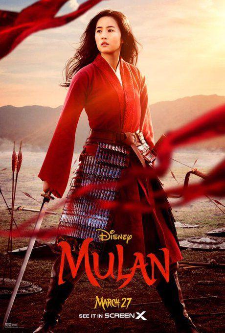 Un poster promozionale del film, prima della pandemia e dell'annuncio dell'uscita di Mulan su Disney+