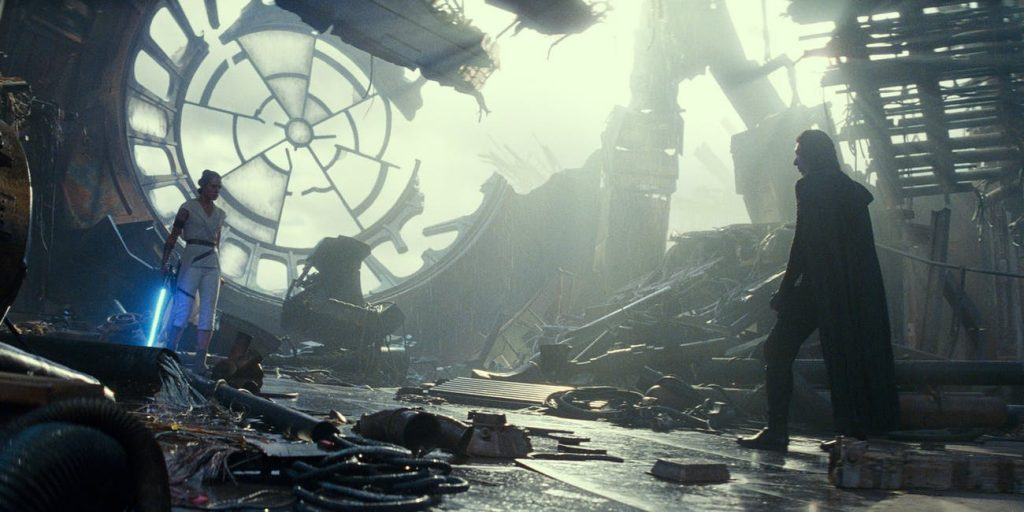 Una delle retcon più discusse è l'esistenza dei cloni di Palpatine ne L'Ascesa di Skywalker
